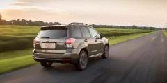 Subaru Forester — вид сзади