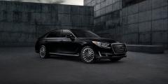 Чёрный Hyundai Genesis