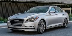 Hyundai Genesis спереди