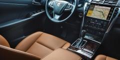 Toyota Camry - передняя панель