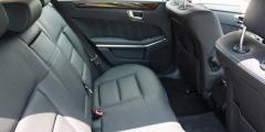 Mercedes E-класс - задний ряд сидений